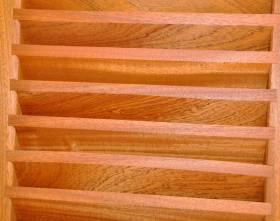 Volet battant bois persienne lames à la française affleurantes ou débordantes